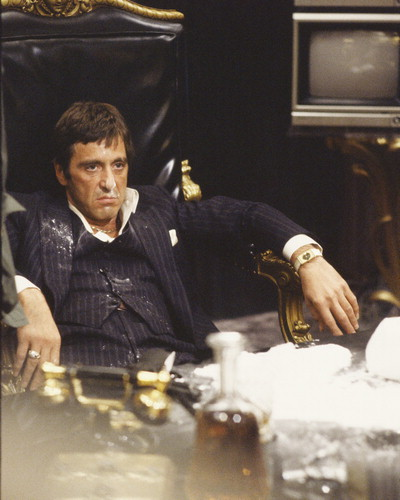 1247519186-scarface-photo-xl-scarface-6235696